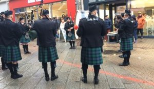 Le Pipe band anime les rues