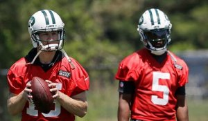 Mike Garafolo breaks down how the QB battle is shaping up at Jets camp