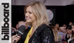 Kelsea Ballerini Talks Collaborating With The Chainsmokers, Taylor Swift's Political Statement & More at 2018 AMAs | Billboard