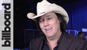 David Lee Murphy Reacts to Winning Musical Event of the Year at 2018 CMA Awards | Billboard