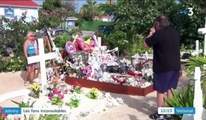 Johnny Hallyday : des fans sur sa tombe à Saint-Barth