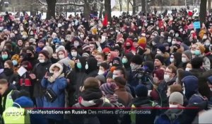 Russie : des milliers d'interpellations lors de manifestations pro-Navalny