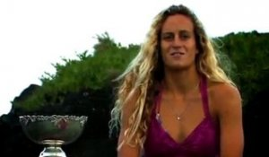 Justine Dupont : I surf because...