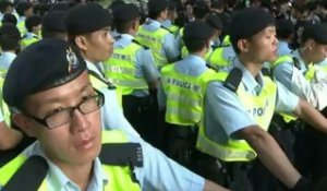 Hong Kong: violences lors de manifestations contre Hu Jintao