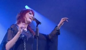 Florence + the Machine - Dog Days Are Over (LIVE)