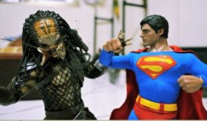 Superman VS Predator - Stop motion Animation