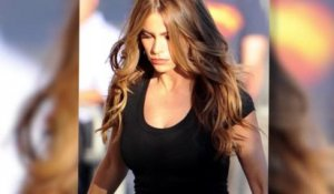 Sofia Vergara porte un t-shirt transparent
