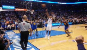 Le shoot incroyable de Russell Westbrook vu des tribunes