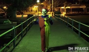 Killer Clown 3 - The Uncle! Scare Prank!