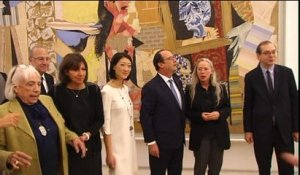Hollande inaugure le musée Picasso