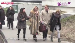 Exlcu Vidéo : Fashion Week de Paris : Kate Moss arrive au défilé de Louis Vuitton