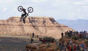 Top moments Red Bull Rampage 2013 : le backflip de Kelly McGarry