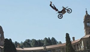 Red Bull X-Fighters World Tour 2014 Pretoria: Event Clip (dirty)