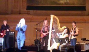 Iggy Pop covered David Bowie at Tibet House Benefit Show