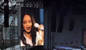 Rihanna 'cries' on stage on first night of UK and Ireland tour