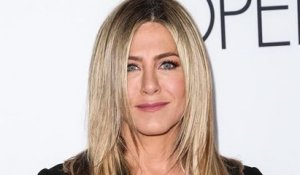 Jennifer Aniston sort un parfum d'été