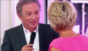 C'est au programme : Michel Drucker arrive par surprise