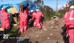 """Jungle"" de Calais : le camp se vide"