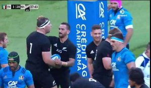 Les All Blacks atomisent l'Italie