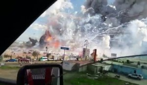 Mexique : explosion d'un marché de feu d'artifices (31 morts)