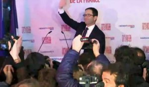 Primaire PS: duel Hamon-Valls au second tour