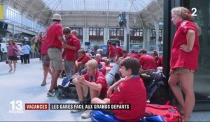 Vacances : week-end d'affluence à la gare de Lyon