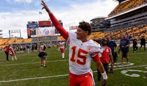 Warner on Mahomes: 'Little things he does' that are 'rare and unique'