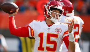 Mahomes unleashes 40-yard deep ball to Hill