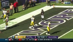 Flacco misses open Lamar Jackson in red zone