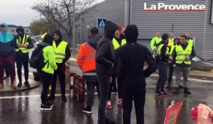 Les gilets jaunes bloquent divers points de Martigues