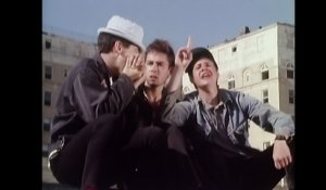 Beastie Boys - She's On It