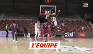 L'incroyable dunk de Makoundou - Basket - Jeep Élite