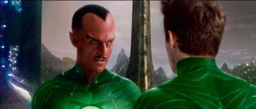 Green Lantern : Photo Mark Strong, Ryan Reynolds
