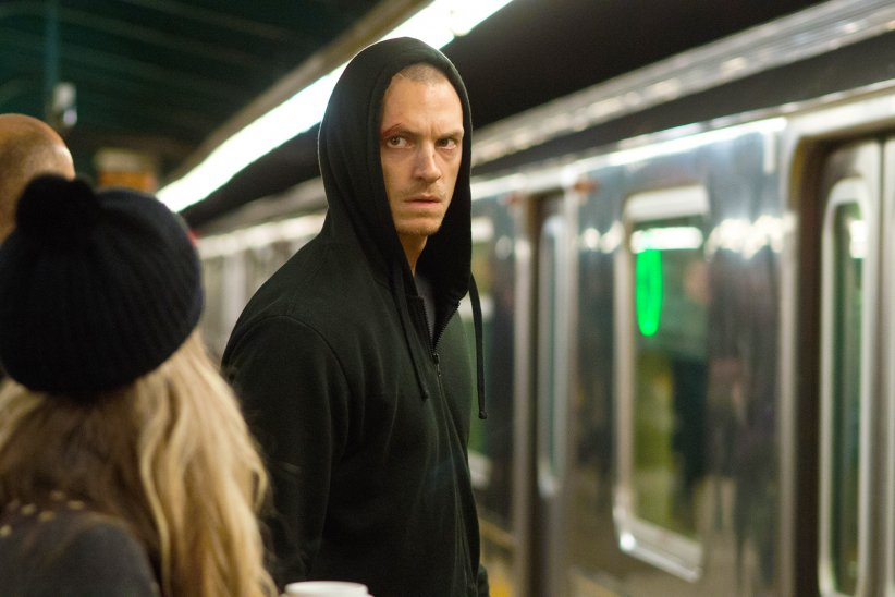 Night Run : Photo Joel Kinnaman