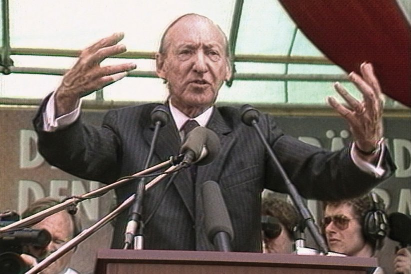 La Valse de Waldheim : Photo Kurt Waldheim