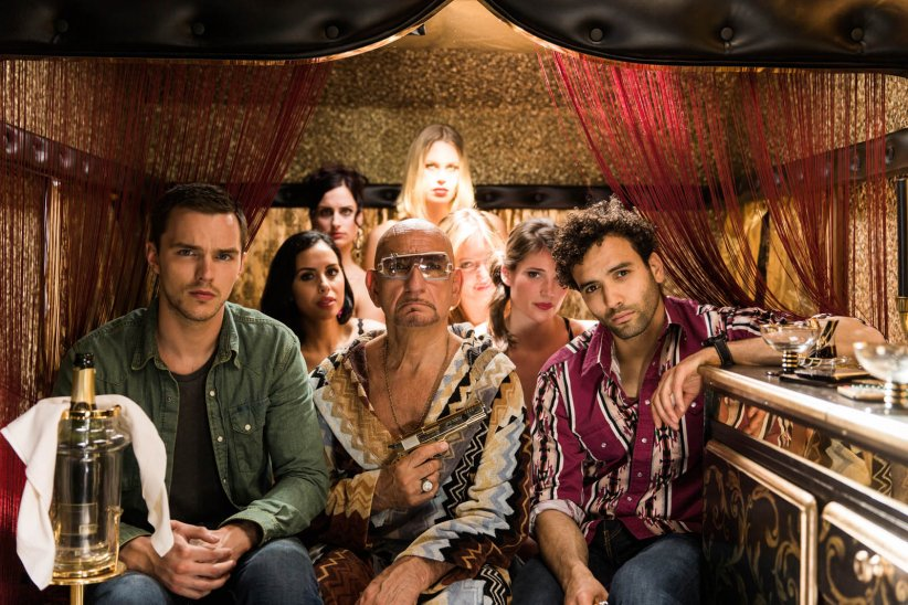 No Way Out : Photo Ben Kingsley, Nicholas Hoult