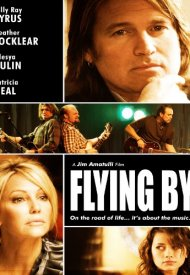 Affiche de Flying By