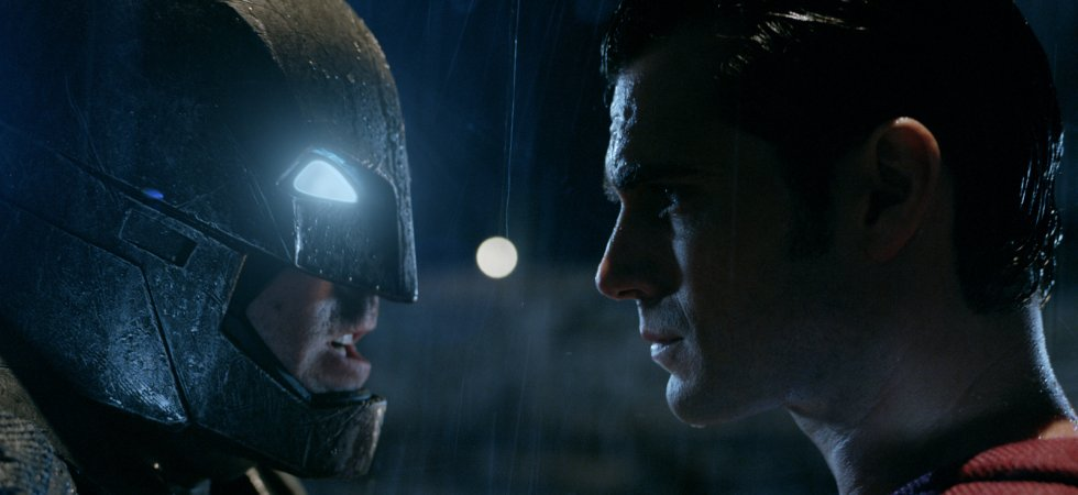 Batman v Superman : Zack Snyder tacle Marvel et promet plus de Batman à l'écran