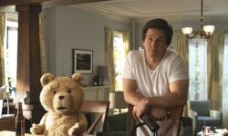 Ted : les excuses de Mark Wahlberg au Pape