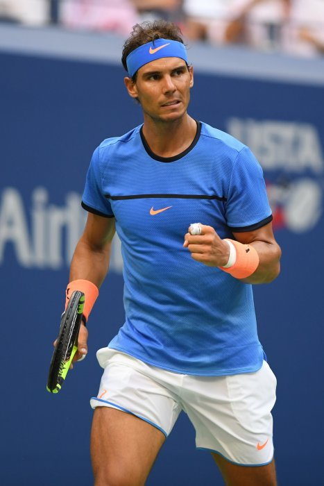 Rafael Nadal face à Lucas Pouille lors du quatrième tour du septième jour de l'US Open 2016 au USTA Billie Jean King National Tennis Center à Flushing Meadow, le 4 septembre 2016.