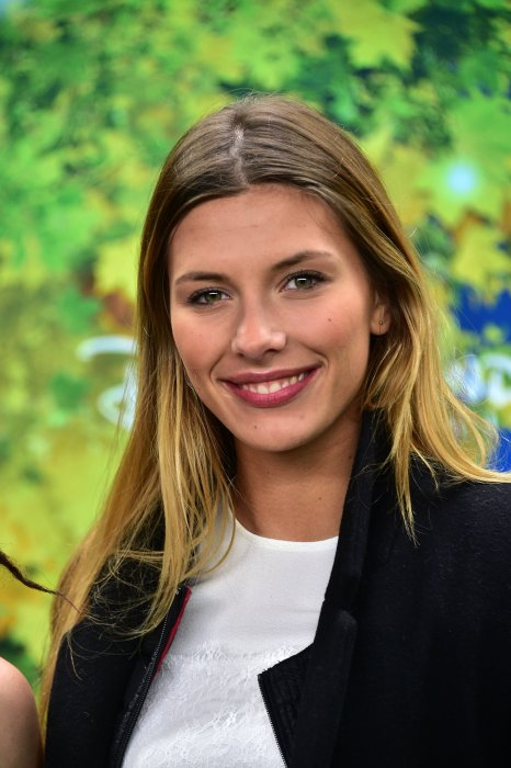 "Camille Cerf assiste au spectacle ""La Forêt De l'Enchantement"" au parc Disneyland Paris, le 12 février 2016."