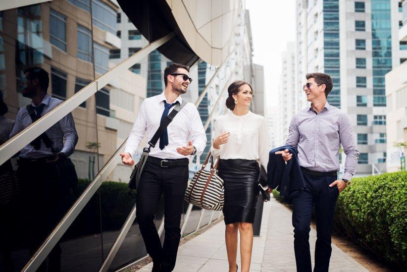 Égalité vestimentaire au travail   les hommes impuissants face à la ... 26a3426a744