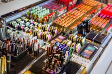 Les consommateurs abandonnent les rayons beauté des grandes surfaces