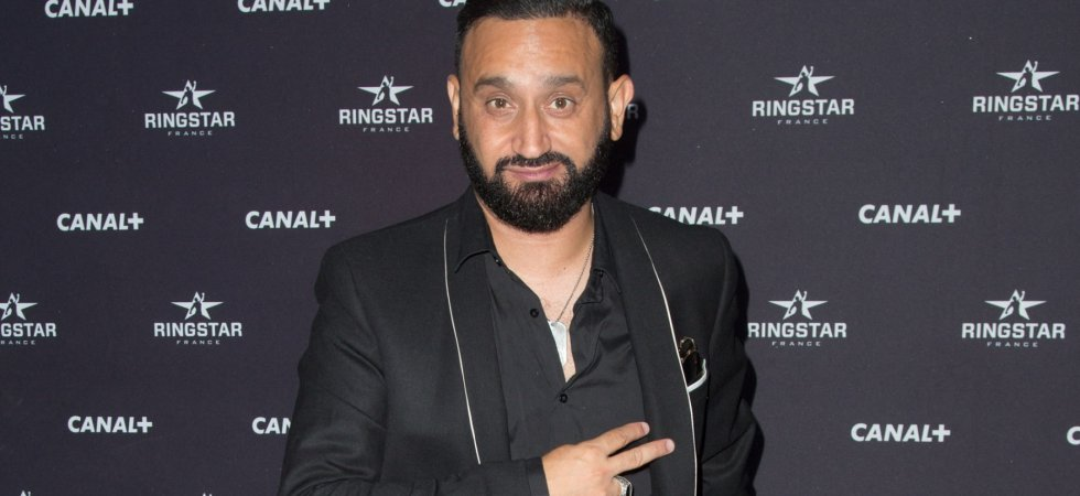 Cyril Hanouna, égérie de mode : il lance une collection de prêt-à-porter