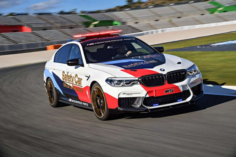 BMW M5 MotoGP Safety Car : en piste