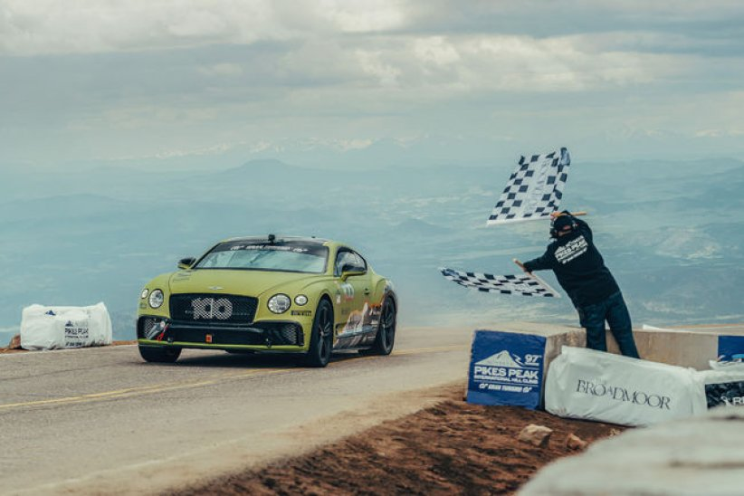 Pikes Peak : à bord de la Bentley