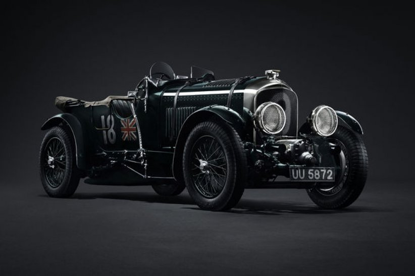 Un prototype Bentley Blower Continuation en cours d'assemblage