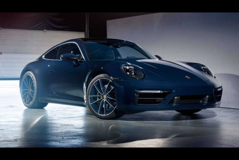 Porsche 911 (992) Carrera 4S Belgian Legend Edition