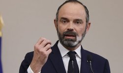 Remaniement : Edouard Philippe remet la démission de son gouvernement