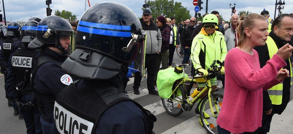 """""""Gilets jaunes"""" : la colère des policiers après les déclarations du procureur de Paris"""